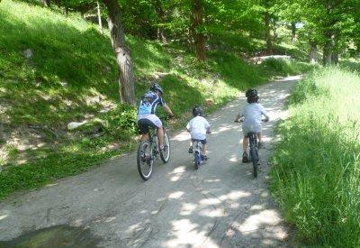 Radfahren am Kastanienweg